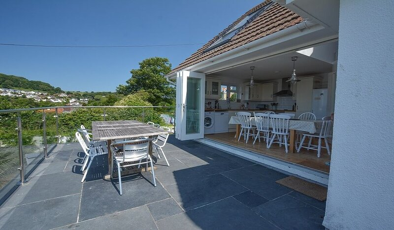 Rooftops Braunton | 4 Bed / Sleeps 8 | Beautiful Views, holiday rental in Ashford