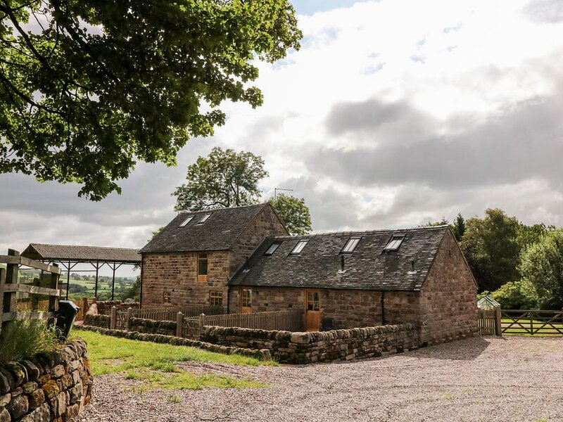 The Stables, RAMSHORN, holiday rental in Farley