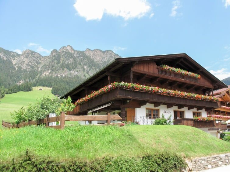 Apartment Haus Theresia  in Alpbach, Zillertal - 4 persons, 1 bedroom, holiday rental in Reith im Alpbachtal