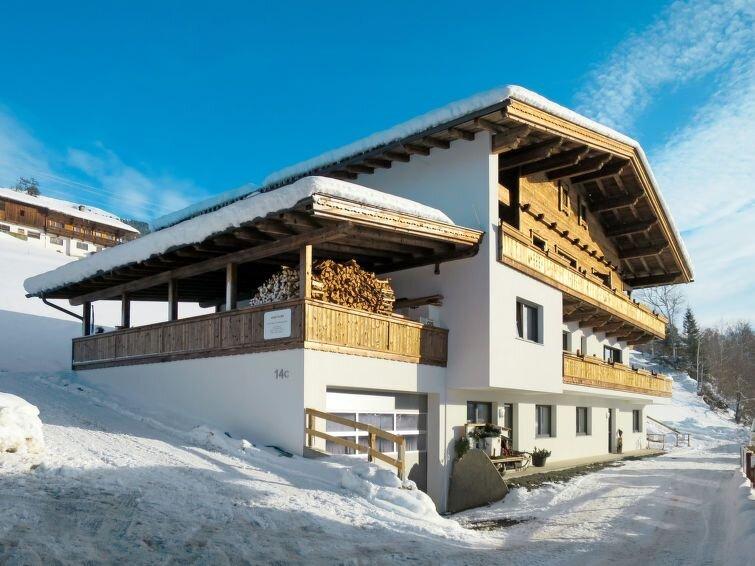 Ferienwohnung Apart Wurm (SUZ381) in Stumm im Zillertal - 5 Personen, 2 Schlafzi, holiday rental in Stummerberg