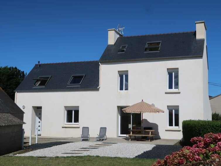 Ferienhaus L'Oasis (PNR219) in Plouneour Trez - 6 Personen, 3 Schlafzimmer, holiday rental in Lesneven