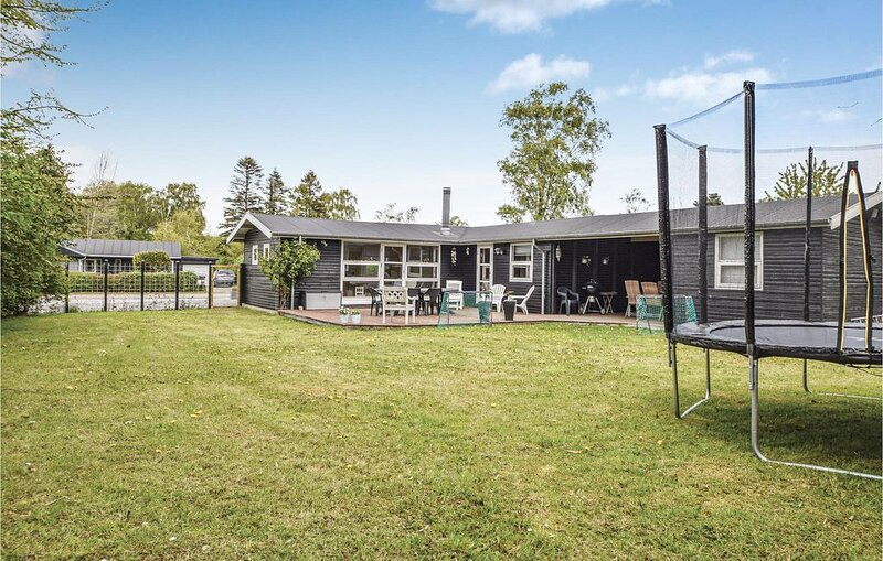 2 Zimmer Unterkunft in Juelsminde, casa vacanza a Horsens