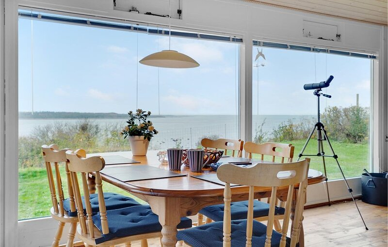 2 Zimmer Unterkunft in Ølsted, vacation rental in Halsnaes Municipality