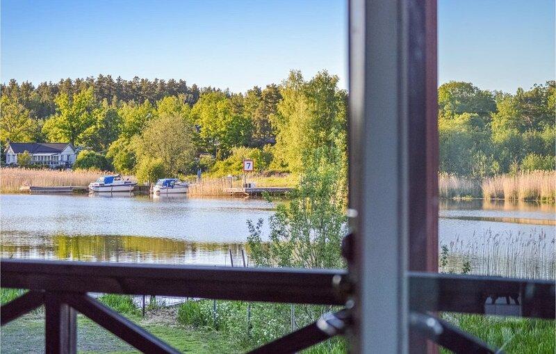 2 Zimmer Unterkunft in Eskilstuna – semesterbostad i Södermanlands län