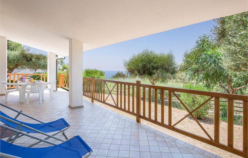 3 Zimmer Unterkunft in Joppolo VV, holiday rental in Nicotera