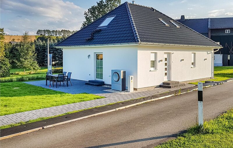 2 Zimmer Unterkunft in Bad Schlema, aluguéis de temporada em Stuetzengruen