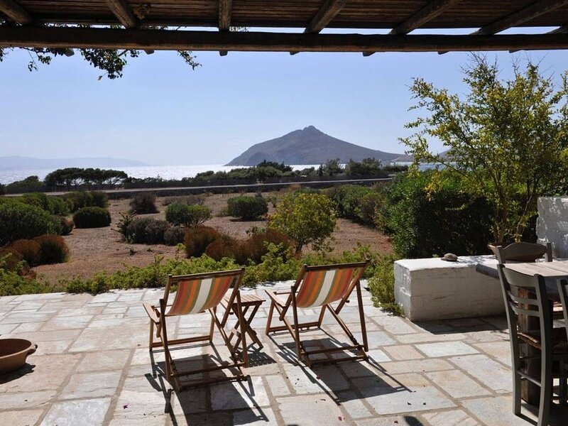 - Chillax by the sea -, holiday rental in Isterni