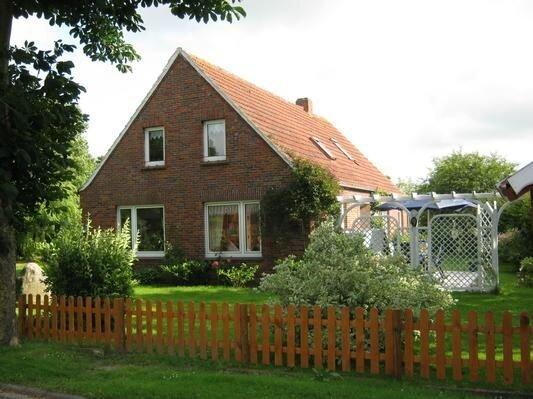 Ferienhaus Krummhörn für 1 - 7 Personen mit 3 Schlafzimmern - Ferienhaus, location de vacances à Uttum