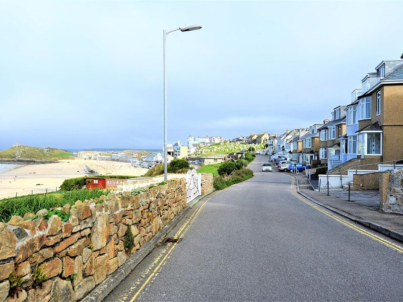 Gull Rock is a Frontline House above Porthmeor Beach,  with Amazing Sea Views, holiday rental in St Ives
