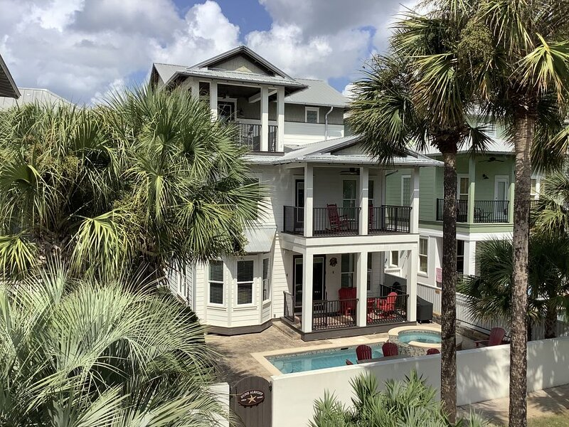 Gorgeous 5 bedroom home with private pool!  2021 booking fast!, vacation rental in Seacrest Beach