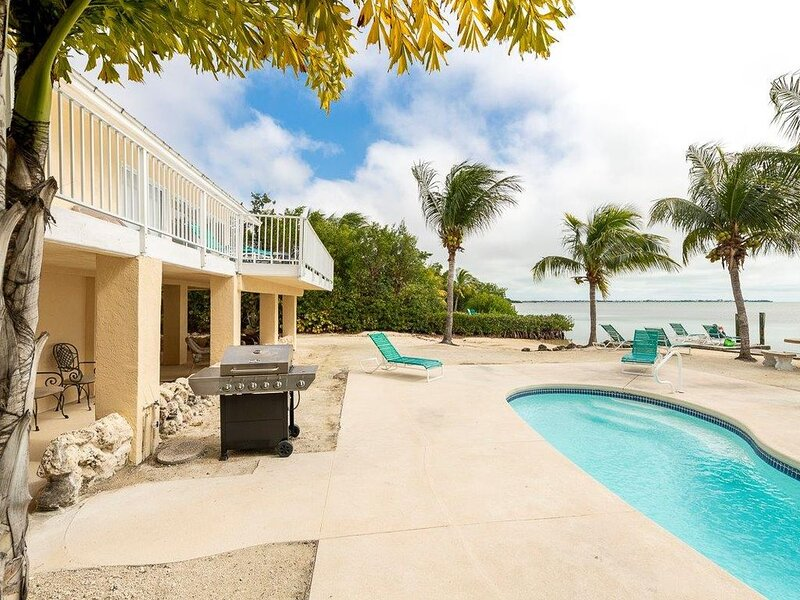 Oceanfront home-swimming pool-boat ramp-dockage-just 20 miles from Key West, holiday rental in Cudjoe Key
