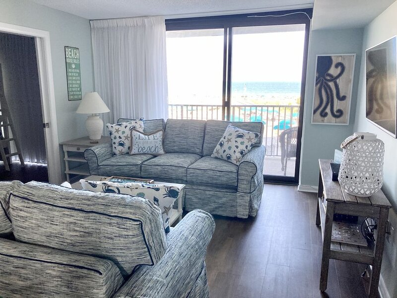 Sea Colony Oceanfront Edgewater 2nd Fl - 3 BR & 2 bath Linens Included, vacation rental in Bethany Beach