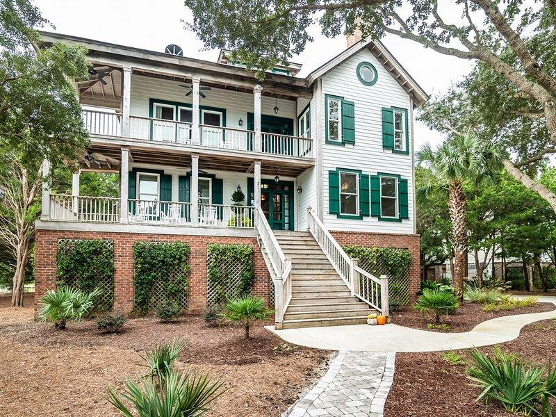 Lodge inspired Spacious home in DeBordieu, holiday rental in Georgetown
