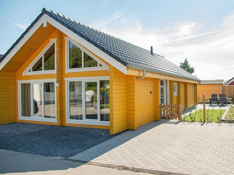 Zeeuws chalet in Scandinavische stijl aan het water, vakantiewoning in Stavenisse