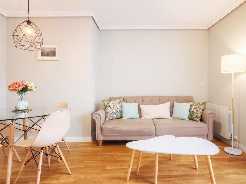 Nueva construcción en el centro de Portugalete, holiday rental in Barakaldo
