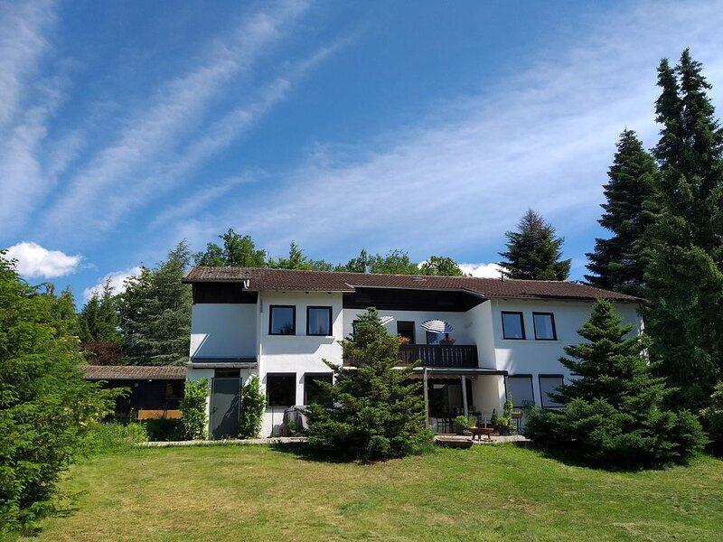 Hochwald-Riant appartement met balkon aan de tuinzijde, location de vacances à Walkenried