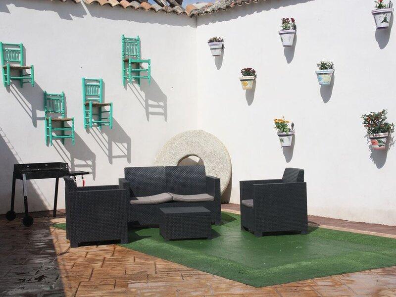 Casa 'El tio Daniel',,,,,,,,ahora con SPA, vacation rental in Camarena