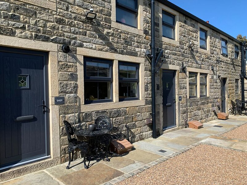 Shep Cottage, CRAGG VALE, holiday rental in Rishworth