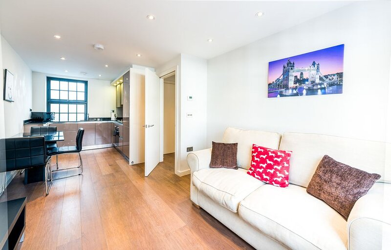 Cool & Modern Kings Cross Apt (OM3), vacation rental in London