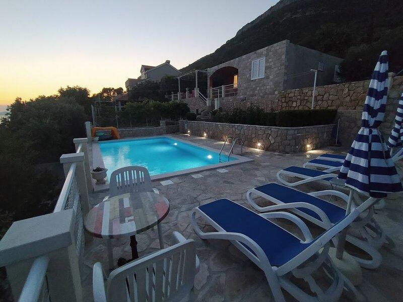 Villa Planika house to rent Ratac - Slano, Dubrovnik area, location de vacances à Sipanska Luka