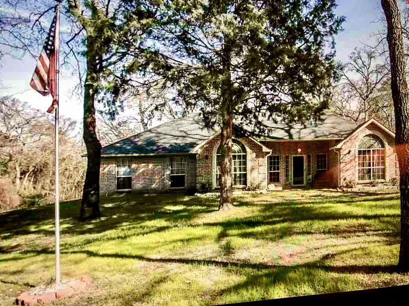 Angel Lakehouse near Tyler, TX, location de vacances à Flint