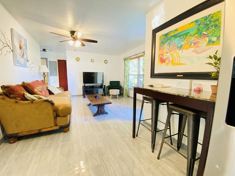 Hidden Gem! Near Space Center, Beach and Indian River Lagoon, holiday rental in Titusville