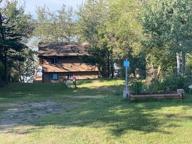 Lake front cabin comfortable all year round great for families. – semesterbostad i Pine Lake