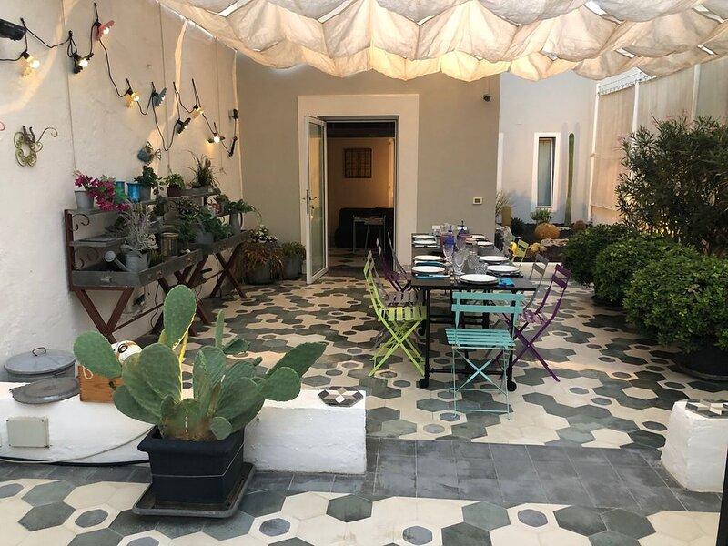 Luxury house with terraces center of Marsala, location de vacances à Marsala