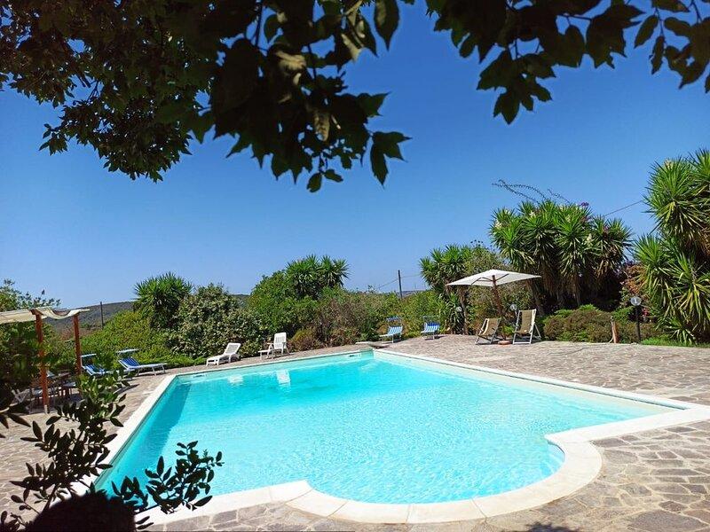 Villa/Casa Vacanze con piscina, Ferienwohnung in La Pedraia