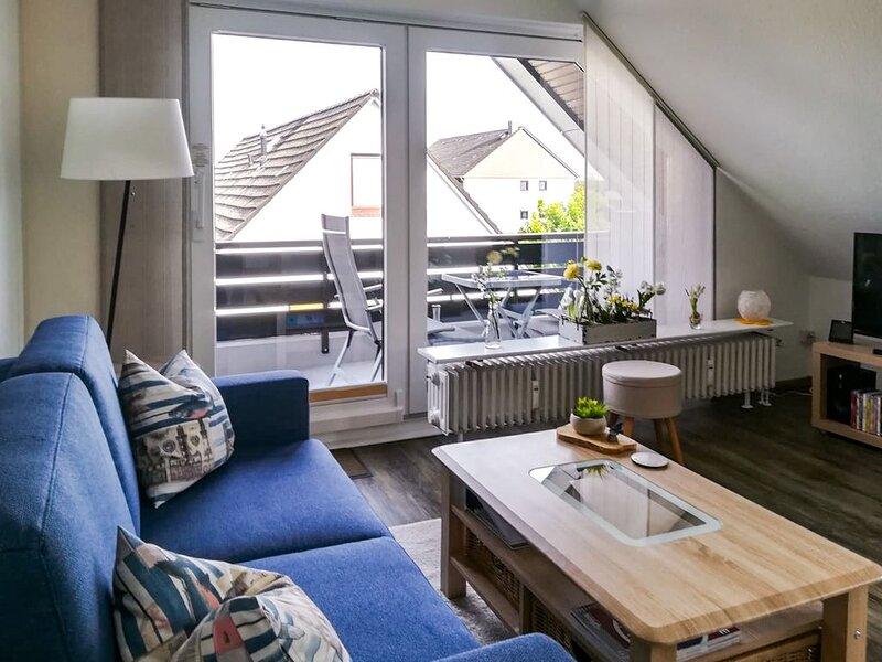 Haus Kogge, 3 Sterne FeWo Kleine Perle für 2 Personen mit Balkon und Fahrrädern, alquiler de vacaciones en Büsum