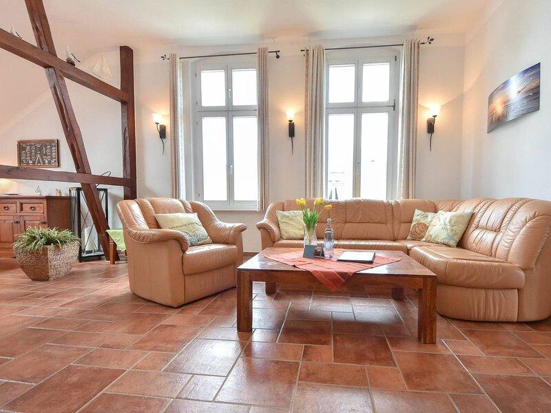 Nur 80 Meter vom feinen Sandstrand entfernt befindet sich die Villa Elisabeth in, Ferienwohnung in Seebad Heringsdorf