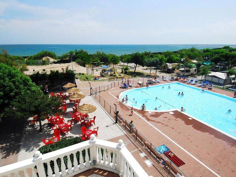 Ferienhaus - 4 Personen*, 26m² Wohnfläche, 2 Schlafzimmer, Internet/WIFI, vacation rental in Chioggia