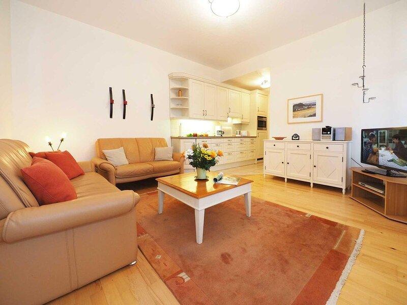 Das Haus Meerblick befindet sich in unmittelbarer Nähe der Promenade und des Str, holiday rental in Seebad Ahlbeck