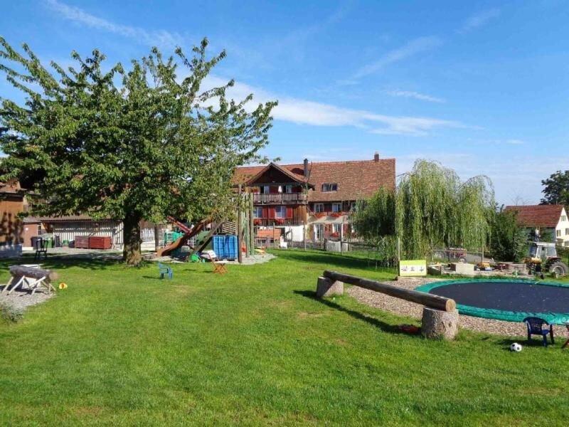 Ferienwohnung Winden für 1 - 5 Personen mit 1 Schlafzimmer - Ferienwohnung in Ba, holiday rental in Lutisburg