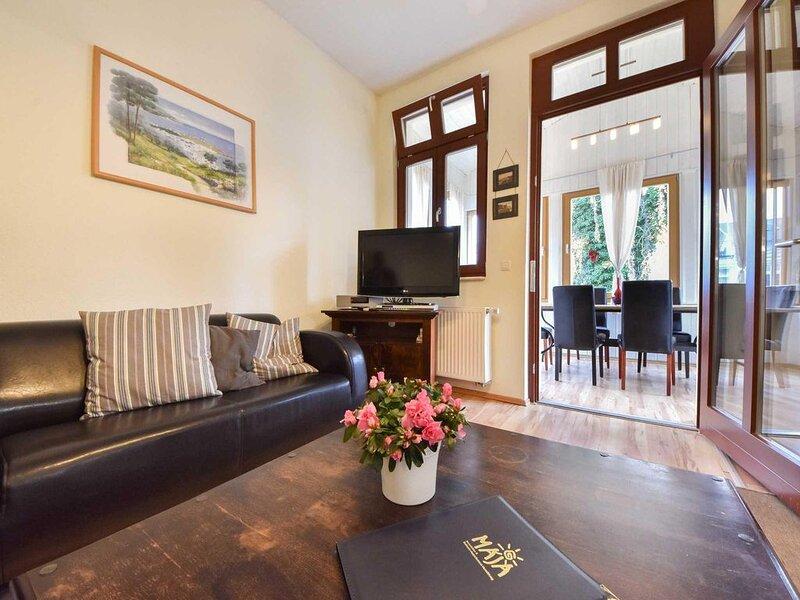 Die liebevoll sanierte Villa Lamora befindet sich in idyllischer Lage nahe des O, Ferienwohnung in Seebad Heringsdorf