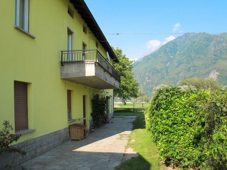 Ferienwohnung Pippo (SRC150) in Sorico Albonico - 4 Personen, 2 Schlafzimmer, holiday rental in Sorico