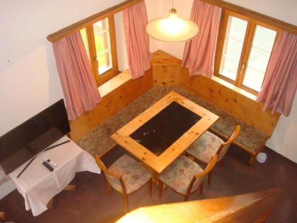 Ferienwohnung Maloja für 4 - 6 Personen mit 3 Schlafzimmern - Ferienwohnung, vacation rental in Cresta