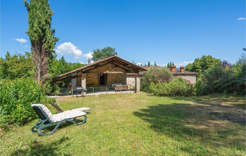 1 Zimmer Unterkunft in Pratovecchio, holiday rental in Stia