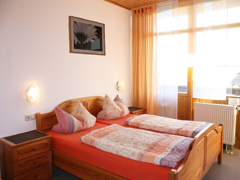 57qm große 2-Zimmerwohnung mit Balkon für 2 bis 5 Personen, location de vacances à Waldthurn