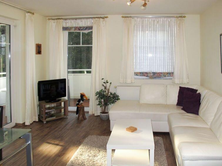 Apartment Ferienwohnung Hohe Strasse  in Zinnowitz, Usedom - 4 persons, 2 bedro, casa vacanza a Zinnowitz