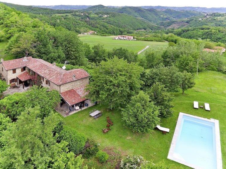 Vacation home Ca' Giustin  in Roccaverano, Piedmont - 12 persons, 5 bedrooms, vakantiewoning in Olmo Gentile