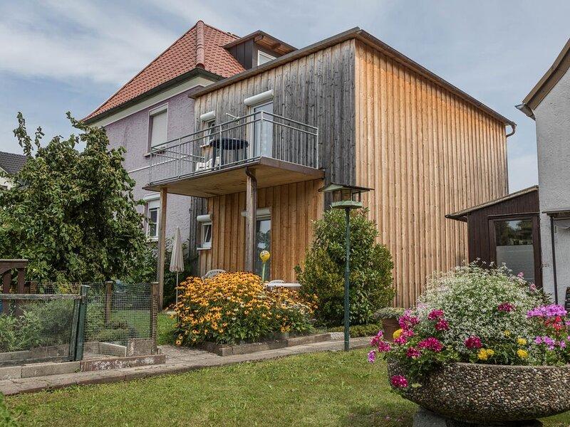Charmante Ferienwohnung 'Eyrich OG' nahe am Bodensee mit WLAN, Terrasse und Gart, holiday rental in Bregenz