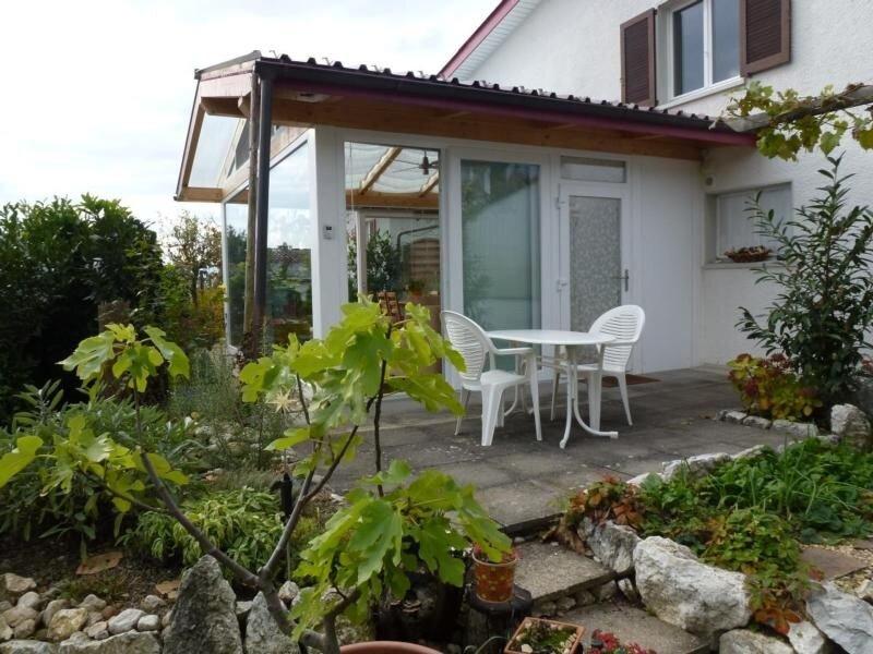 Ferienwohnung Bellach für 2 - 4 Personen mit 1 Schlafzimmer - Ferienwohnung in V, vacation rental in Wangenried