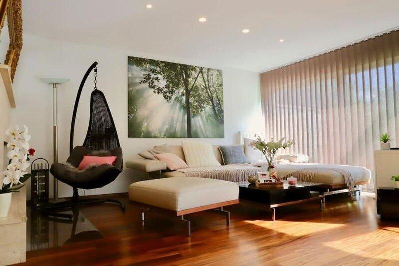 Ferienhaus Wien für 1 - 10 Personen mit 4 Schlafzimmern - Ferienhaus, holiday rental in Gerasdorf bei Wien