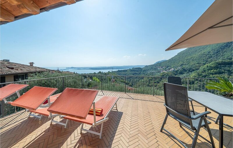 1 Zimmer Unterkunft in Toscolano **** (BS), holiday rental in Toscolano-Maderno