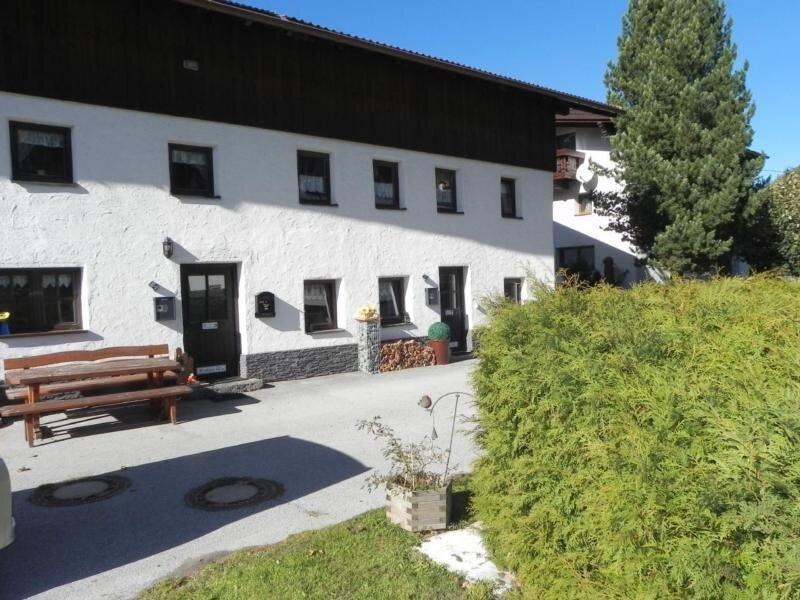 Ferienhaus Winklen für 2 - 8 Personen mit 4 Schlafzimmern - Bauernhaus, vacation rental in St. Leonhard im Pitztal