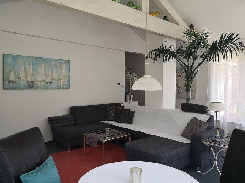 Ferienwohnung 2 mit ca. 100qm, 2 Schlafzimmer, für maximal 3 Personen, location de vacances à Grasbeuren