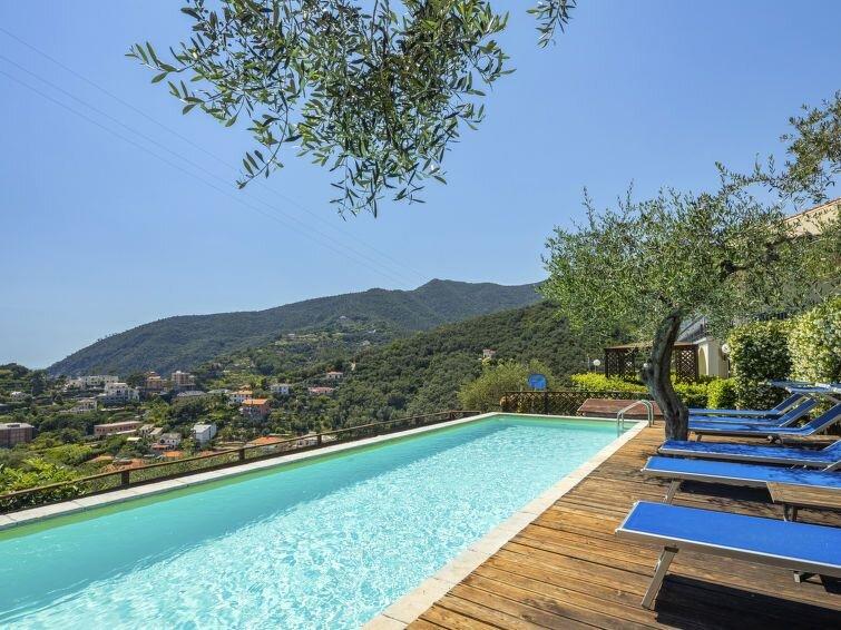 Apartment Residence I Monili  in Moneglia, Liguria: Riviera Levante - 6 persons, vacation rental in Moneglia