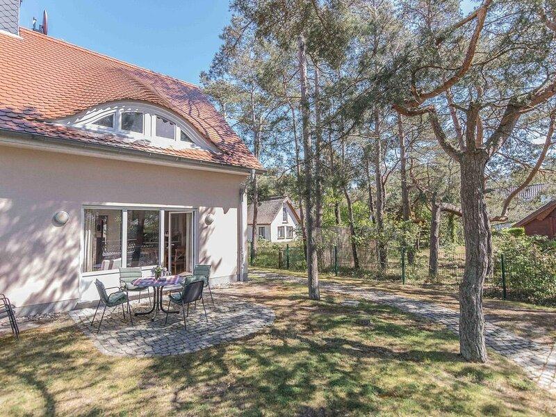 Doppelhaushälfte Strandhaus 43a im Ostseebad Dierhagen, holiday rental in Klockenhagen