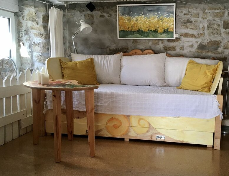 Artist Apartment- Urlaub im Künstlerhaus, location de vacances à Kirchberg an der Jagst